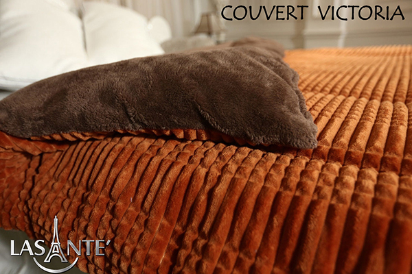 Victoria Jauneest devenu un produit de couverture à succès pour l'hiver à partir de 2015. Les couvertures molletonnées sont peu coûteuses sur le marché, mais pour Lasante